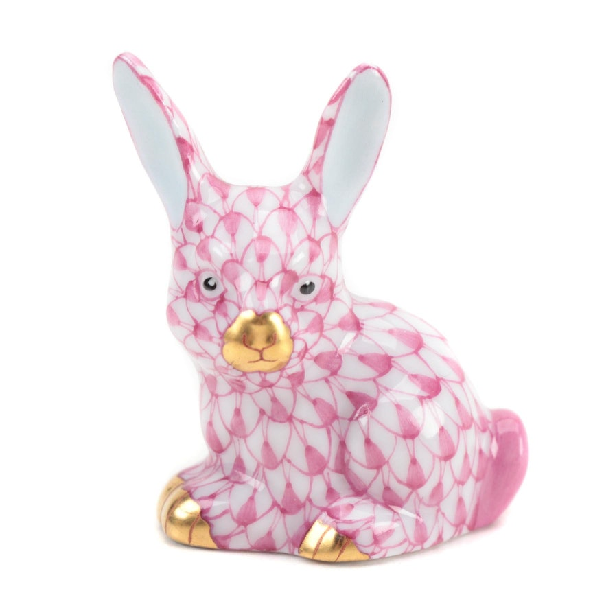 """Herend Raspberry Fishnet with Gold """"Miniature Rabbit"""" Porcelain Figurine"""