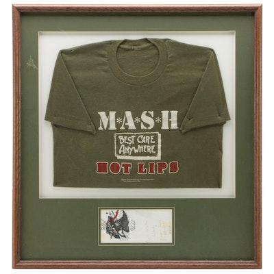"Mash Sitcom TV Series ""Hot Lips"" T-Shirt with Jamie Farr ""Klinger"" Autograph"