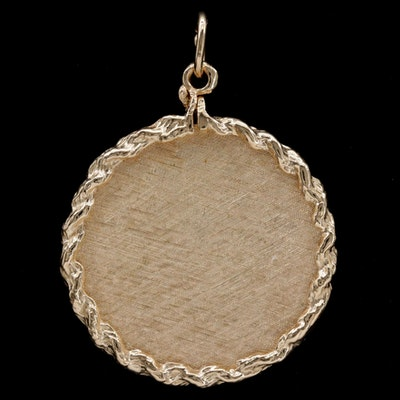 14K Yellow Gold Florentine Textured Pendant