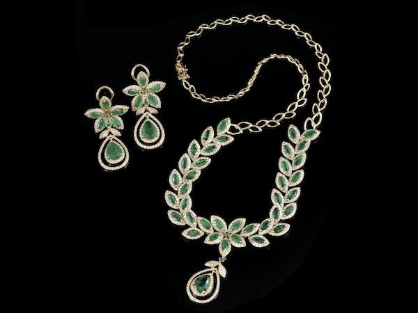 Fine Art, Décor, Jewelry & More