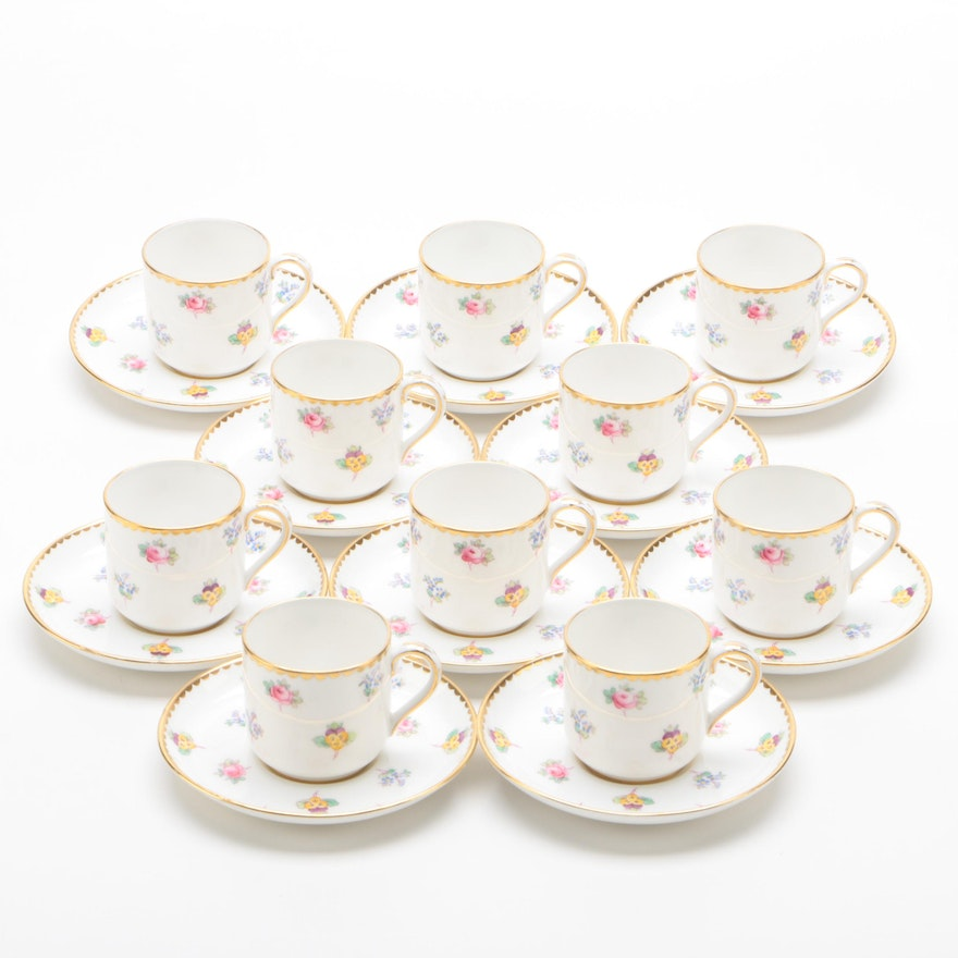 Copeland Bone China Teacups and Saucers with Floral Motif, Mid/Late 20th Century
