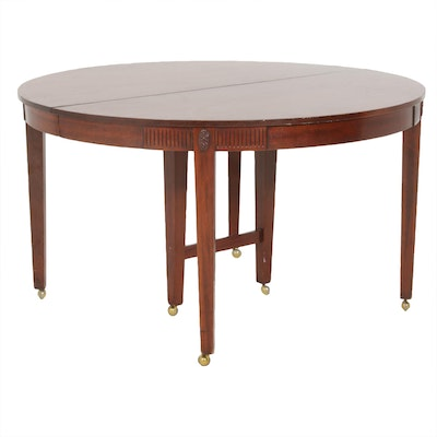 Federal Style Mahogany Extending Dining Table, 20th Century