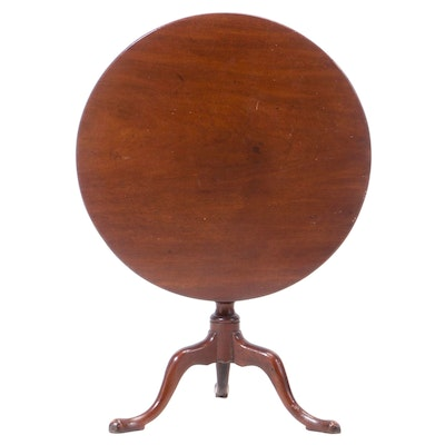 Queen Anne Mahogany Tilt-Top Tea Table, Late 18th Century