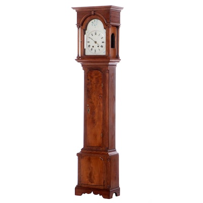 Federal Walnut Grandfather Clock, Late 18th / Early 19th Century