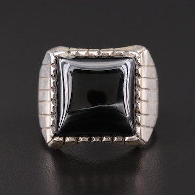 Signed Southwestern Sterling Silver Black Onyx Ring