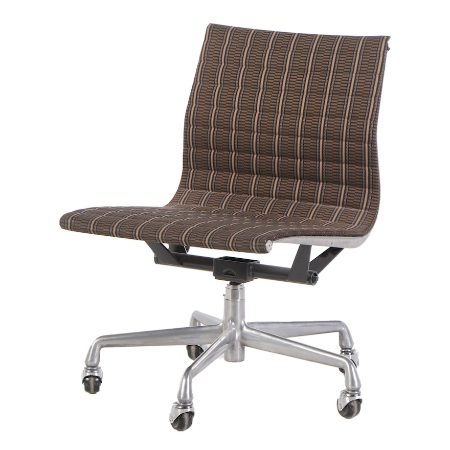 Charles and Ray Eames Aluminum Group Chair with Miller Upholstery, 1990s
