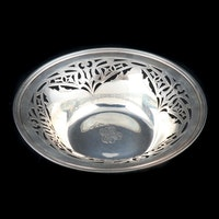 The Sweetser Co. Sterling Silver Art Nouveau Pierced Centerpiece Bowl