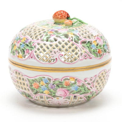Herend Porcelain Reticulated Box with Lid, 1915–1930