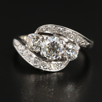 Vintage 18K Gold 1.72 CTW Diamond Ring
