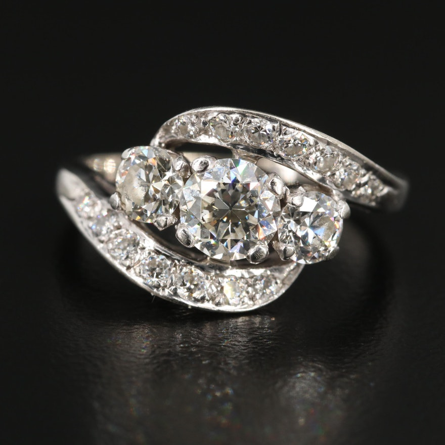 Vintage 18K Gold 1.72 CTW Diamond Ring
