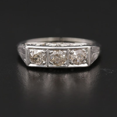 Deco Style 18K Diamond Ring