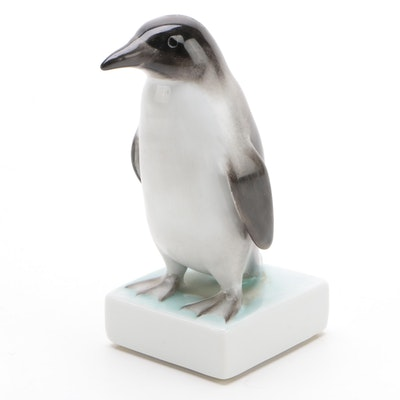 """Herend Natural """"Penguin"""" Porcelain Figurine, August 1999"""