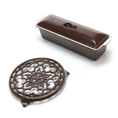 Le Creuset Oyster Stoneware Pâté Terrine Baking Dish with Lid and Deluxe Trivet