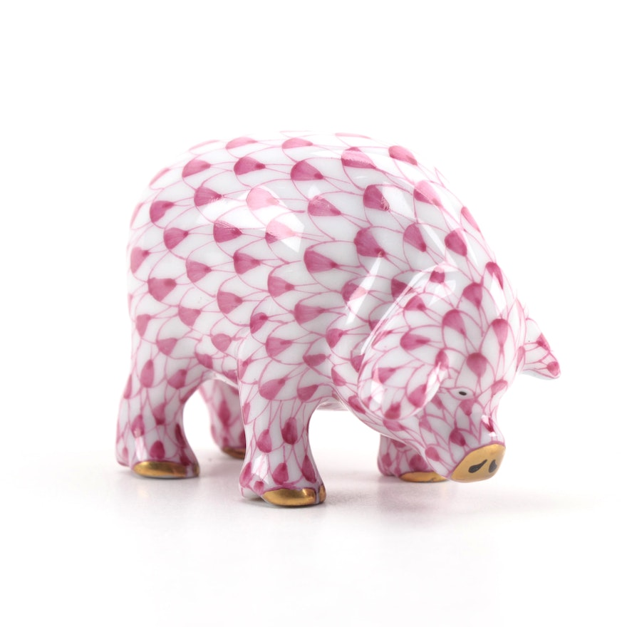"""Herend Raspberry Fishnet with Gold """"Miniature Pig"""" Porcelain Figurine"""