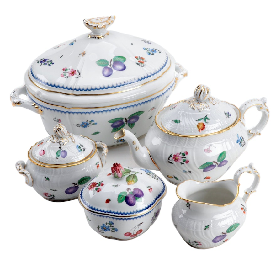"Richard Ginori ""Perugia"" and ""Italian Fruits"" Porcelain Tureen and Tea Ware"