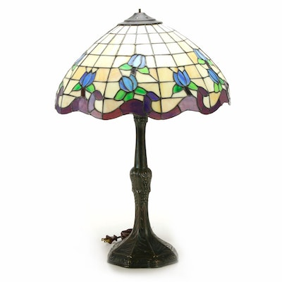 Paragon Tiffany Style Blue Tulip Slag Glass Table Lamp