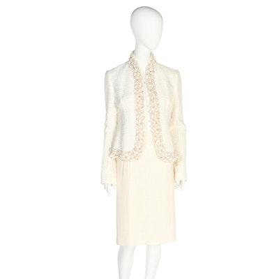 Monique Lhuillier Embellished White Bouclé Knit Skirt Suit with Shell Trim