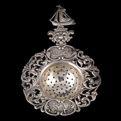 Dutch Baroque Export 800 Silver Tea Strainer, 1939