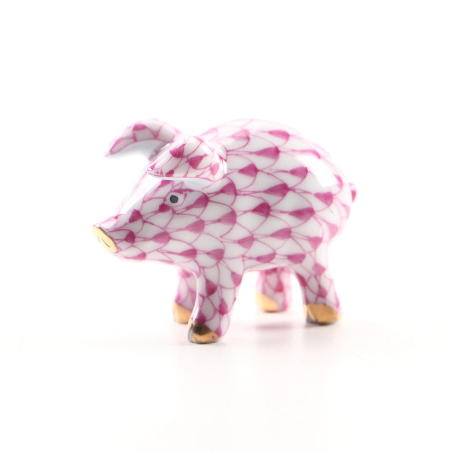"""Herend Raspberry Fishnet with Gold """"Piglet"""" Porcelain Figurine"""