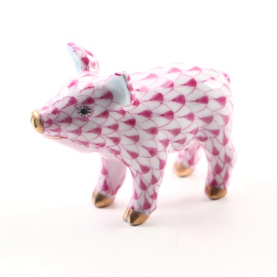 "Herend Raspberry Fishnet with Gold ""Small Pig"" Porcelain Figurine"