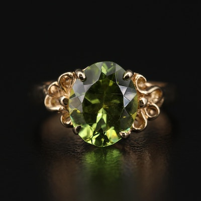14K Gold Peridot Ring with Ribbon Motif
