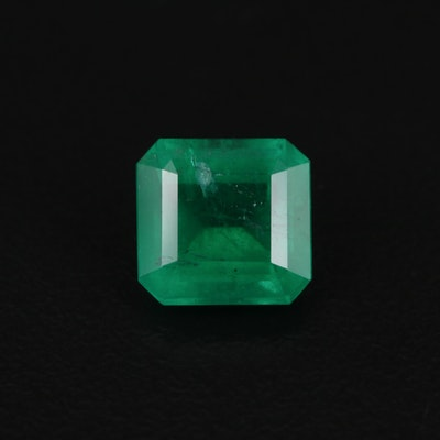Loose 2.64 CT Emerald Gemstone with GIA Report