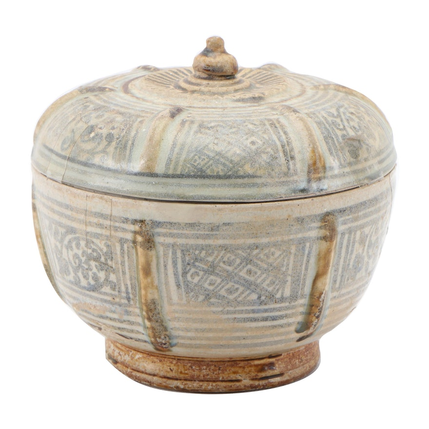 Thai Sawankhalok Ceramic Covered Bowl, 15th Century