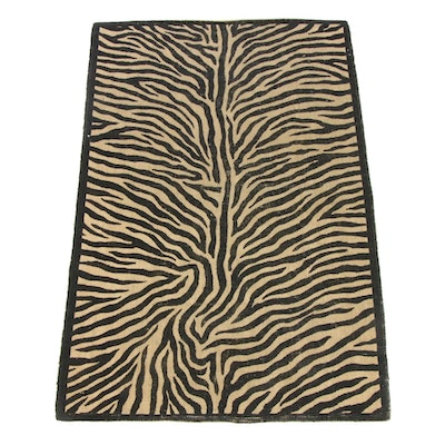 4'0 x 6'1 Power-Loomed Zebra Pattern Wool Kilim Rug