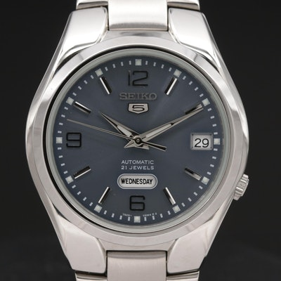 Seiko 5 Day-Date SNK621 Stainless Steel Automatic Wristwatch