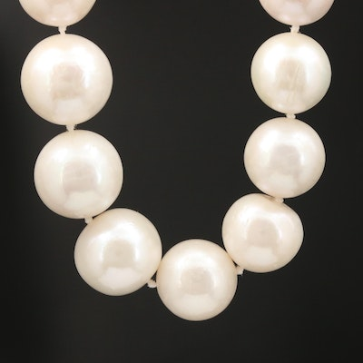 Pearl Graduated Necklace with 14K Yellow Gold Clasp