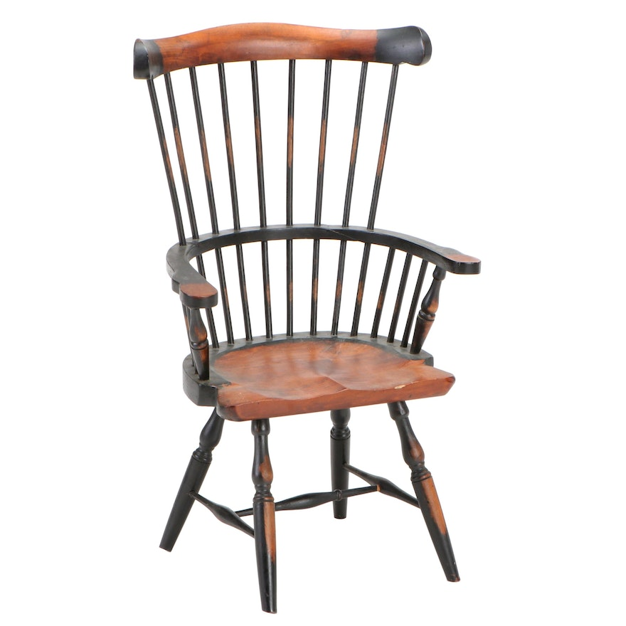 Upper Deck Ltd. Child's Pine Windsor Chair