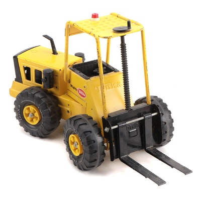 Tonka Pressed Steel Fork Lift Construction Vehicle