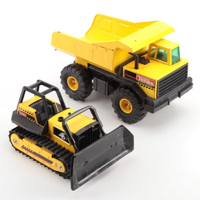 "Tonka Toys ""Mighty Diesel"" Dump Truck with Bulldozer"
