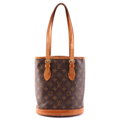 Louis Vuitton Bucket Bag in Monogram Canvas and Vachetta Leather