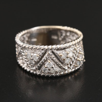 18K Gold Diamond Ring with Twisted Rope Detail