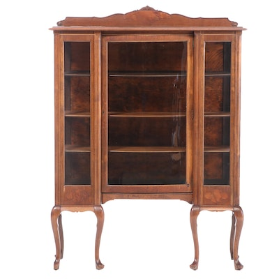 Queen Anne Style Walnut China Cabinet, Early 20th Century