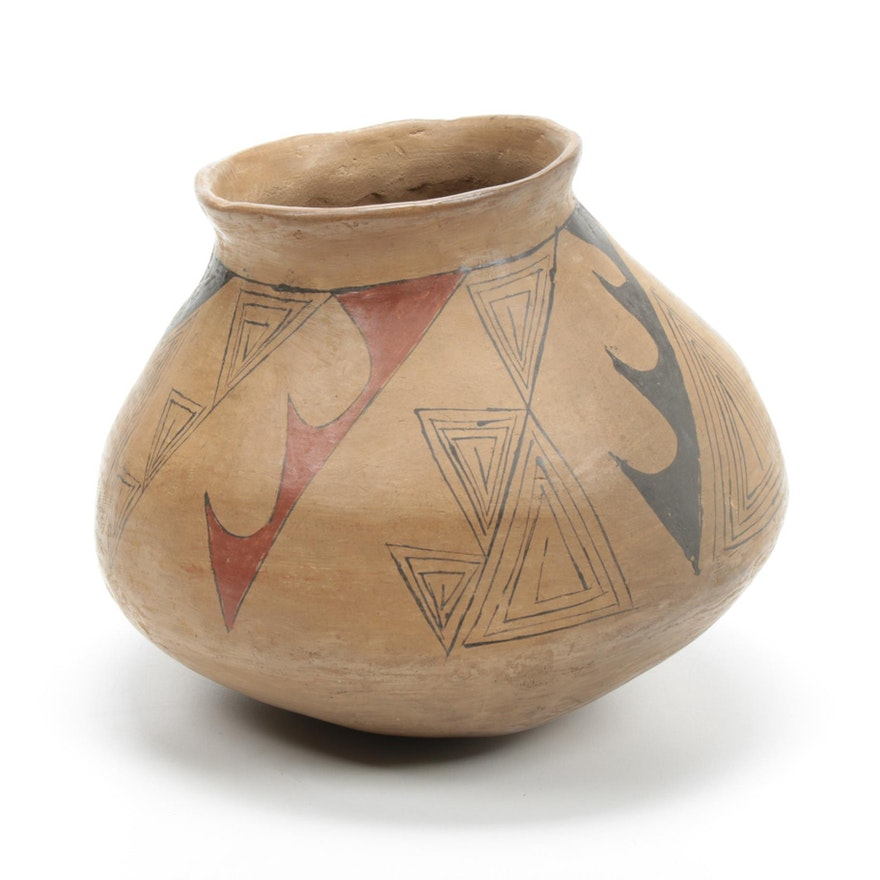 Casas Grandes Hand-Built and Hand-Painted Polychrome Earthenware Vase