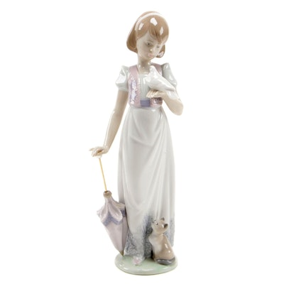 "Lladró Collectors' Society ""Summer Stroll"" Porcelain Figurine, 1991"