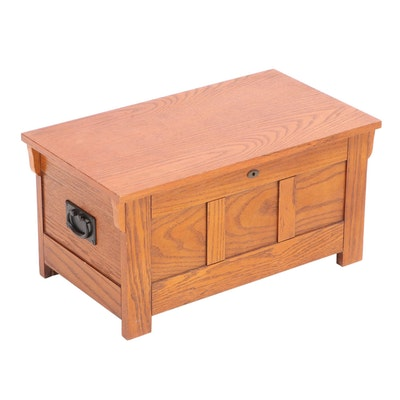 Arts and Crafts Style Oak Miniature Blanket Chest