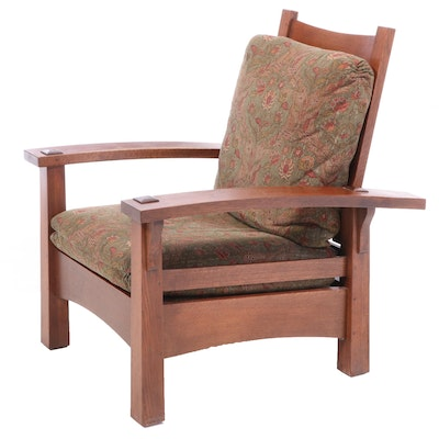Stickley Arts & Crafts Oak Reclining Arm Chair, Late 20th Century