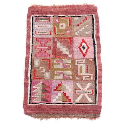 1'9 x 2'9 Handwoven Wool Rug