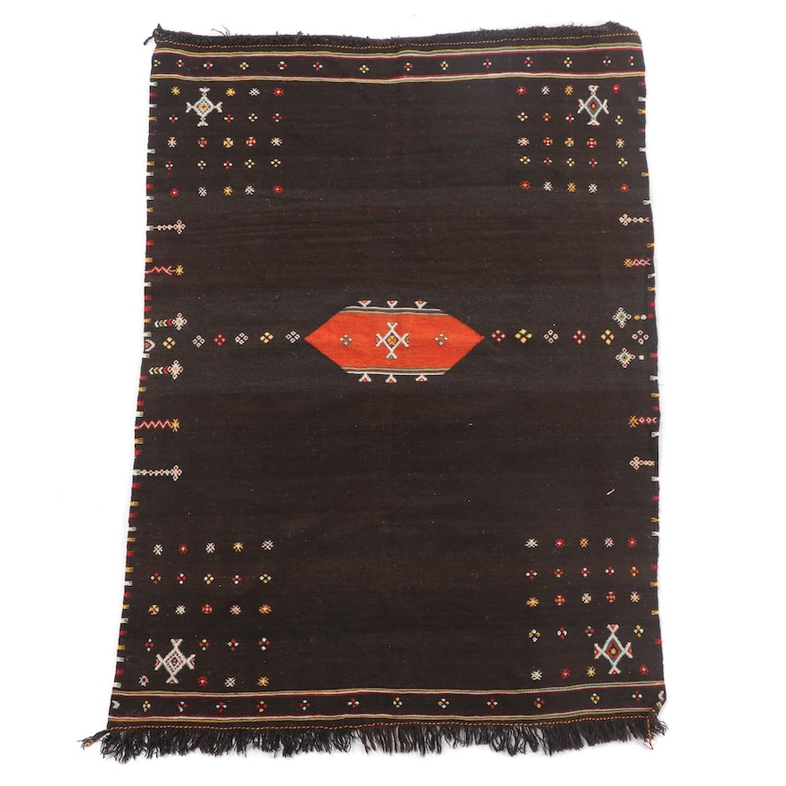 3'5 x 5'0 Handwoven Moroccan Embroidered Wool Rug