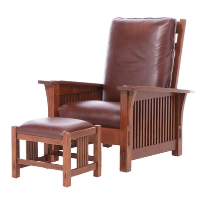 Stickley Arts & Crafts Oak Recliner with Ottoman, Late 20th Century
