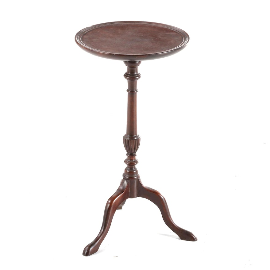 Queen Anne Style Mahogany Candlestand, Early to Mid 20th Century