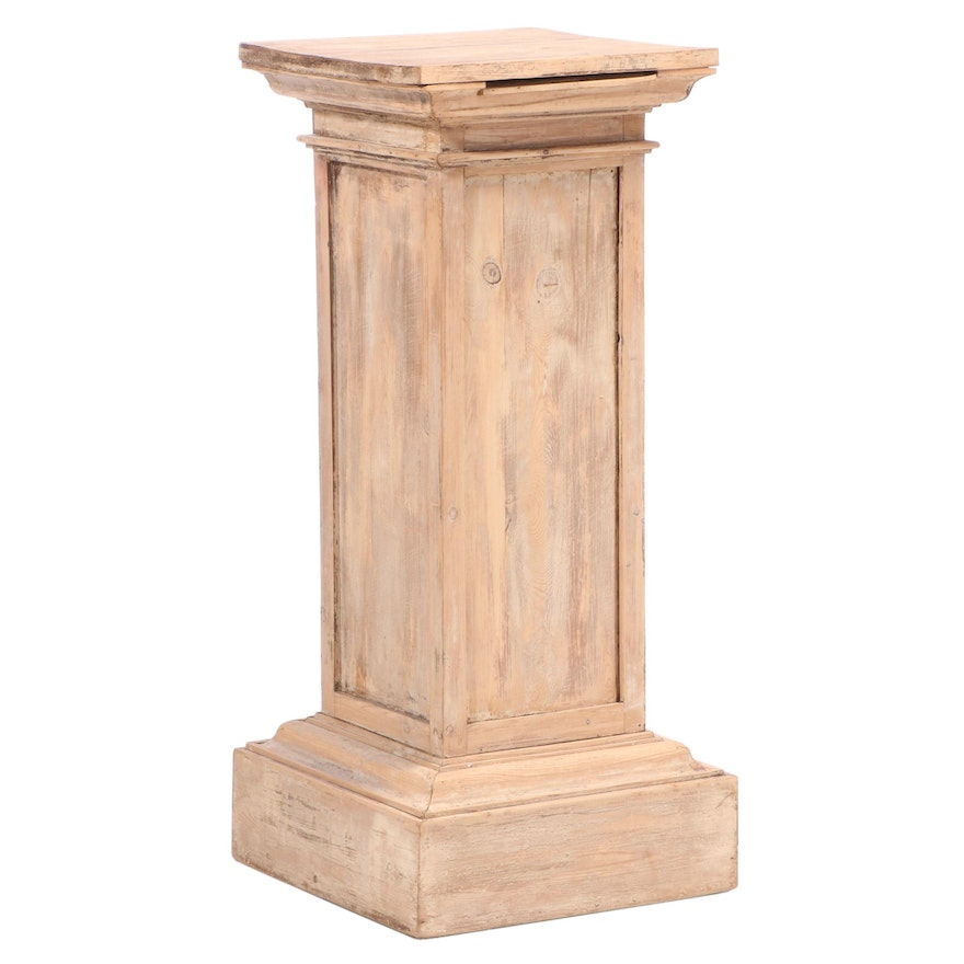 Pine Pedestal Display Stand From England, Early to Mid 20th Century