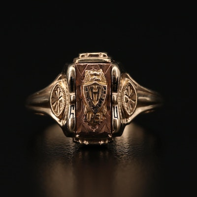 1960 10K Yellow Gold Class Ring