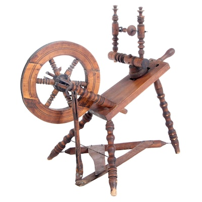 Small Antique Spinning Wheel, Late 19th Century