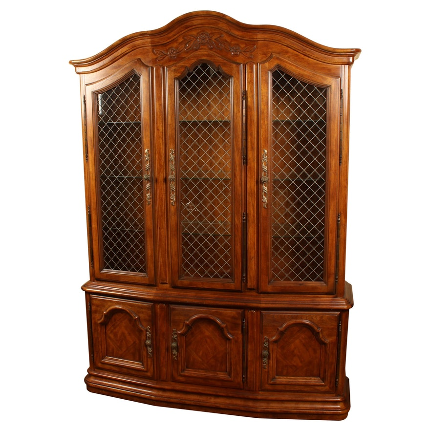 Drexel Heritage French Provincial-Style Illuminated China Cabinet, Late 20th C.
