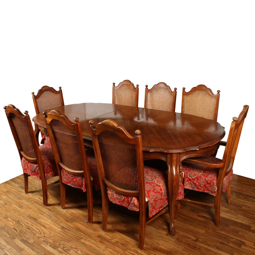 "Drexel Heritage ""Cabernet"" Dining Table and Chairs, Late 20th Century"