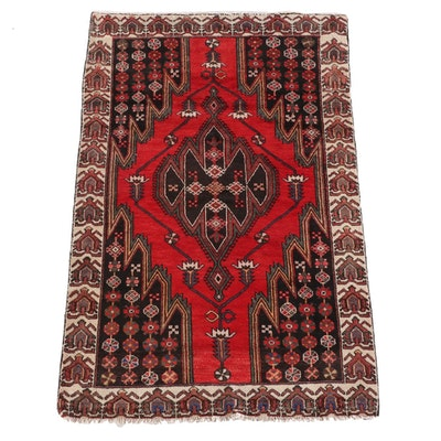 4'5 x 7'2 Hand-Knotted Turkish Taspinar Wool Rug